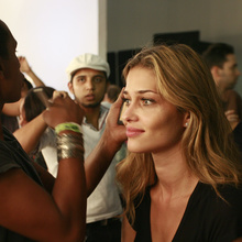 anabeatrizbarros.photos-backstage_at_animale_fw_2010_47